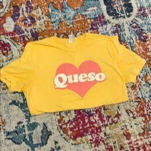 Queso T-shirt medium